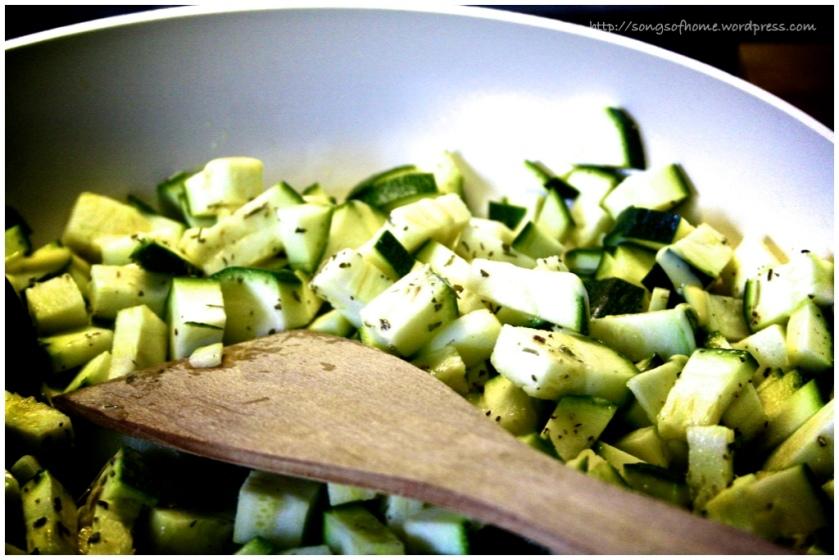 twimk - zucchini cubes