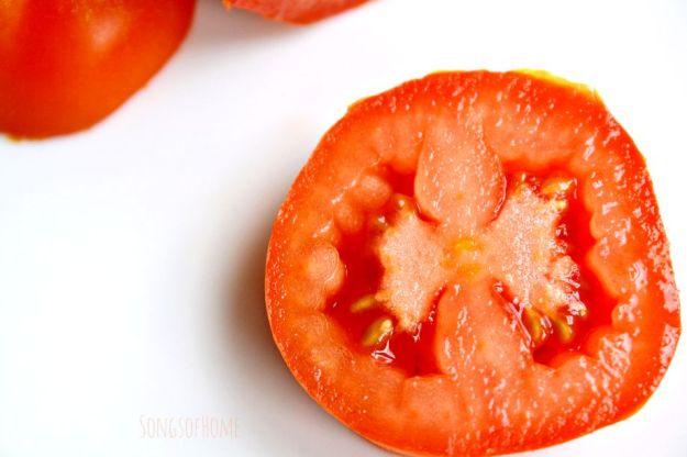 tomato to prevent peeling skin sunburn