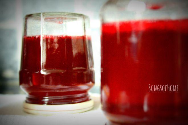 pots jelly upside down